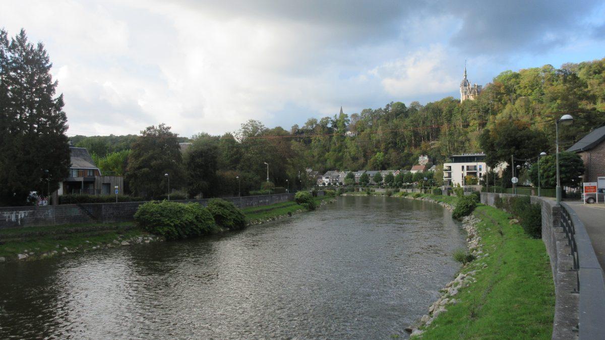 Tag 6 – zu Fuß durch die Ardennen:  von Angleur/Lüttich nach Montfort (22 km)