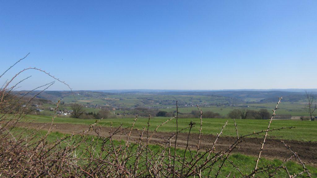 Blick vom Höhenrücken bei Nessonvaux