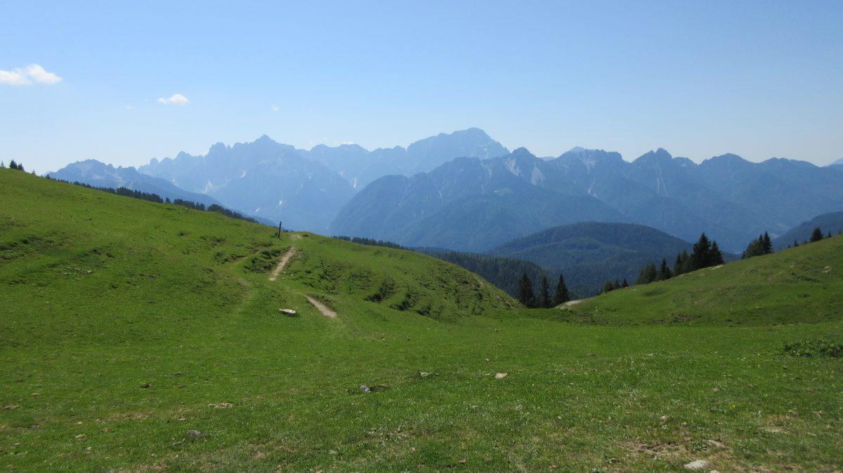 Tag 8 – Auf der Via alpina durch Slowenien, Italien und Österreich: von Tarvisio zum Rifugio Nordio Deffar